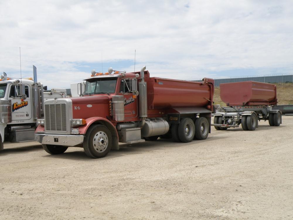 Kritz Trucking Transfer Truck and Trailer